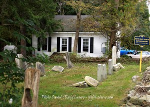 Old schoolhouse and burial ground